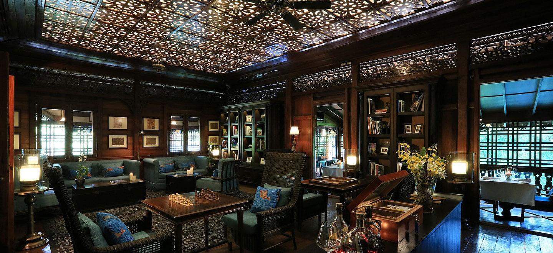 137-Pillars-House-Thailand-gay-travel-luxury-gay-friendly-hotel-Thailand-gay-honeymoon-Jack-Bains-Bar