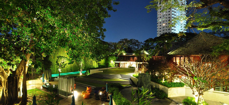 137-Pillars-House-Thailand-gay-travel-luxury-gay-friendly-hotel-Thailand-gay-honeymoon-gardens