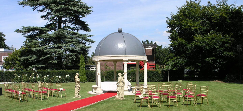Aisle-West-Retford-Hotel-Nottingham-Wedding-Venue-DN22-via-The-Gay-Wedding-Guide