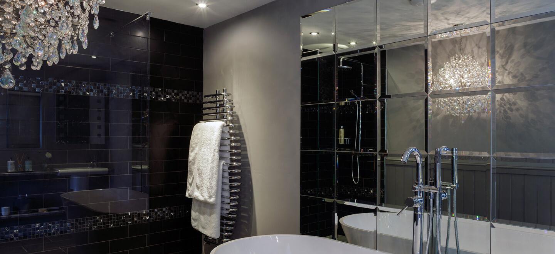 Bathroom-at-Ever-After-country-wedding-venue-Devon-PL19-a-Tavistock-wedding-venue-via-the-Gay-Wedding-Guide