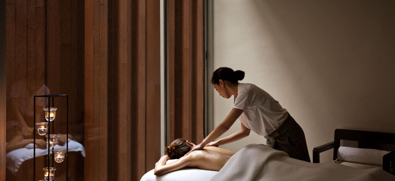 COMO-Bangkok-gay-thailand-gay-travel-honeymoon-at-COMO-Metropolitan-spa