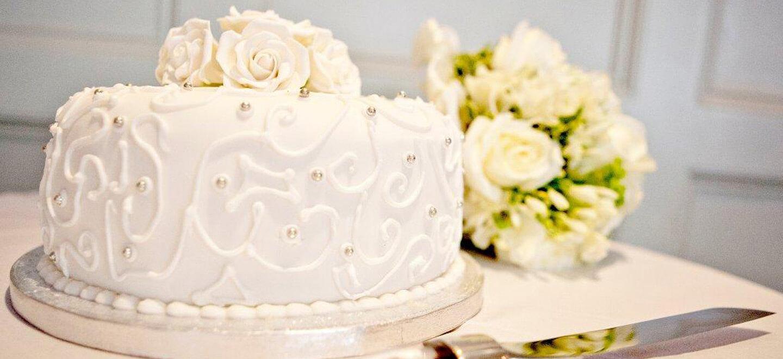 Chiswell-Street-Gay-Wedding-Venue-EC1-City-London-Wedding-Venue-Moorgate-the-gay-wedding-guide-city-wedding-cake