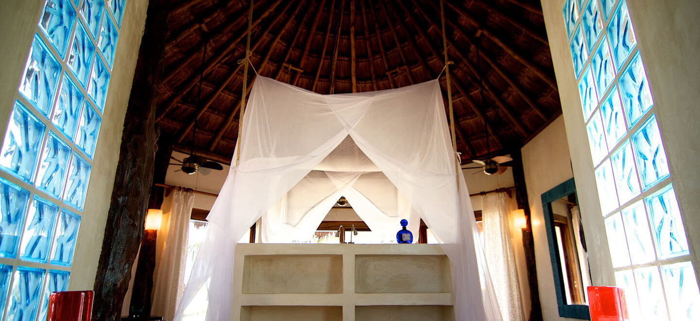 Encantada-Tulum-Mexico-Honeymoon-Desintation-Gay-Mexico-Luxury-Honeymoon-in-Mexico-bedroom-gay-wedding-guide-luxury-gay-honeymoons