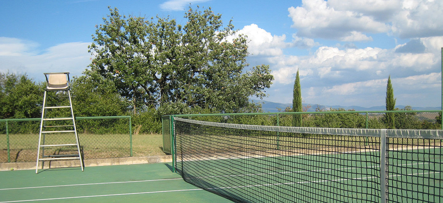 Fontelunga-gay-hotel-Italy-Florence-gay-Italy-travel-gay-honeymoon-gay-wedding-guide-italy-honeymoon-self-catering-italy-tennis-court