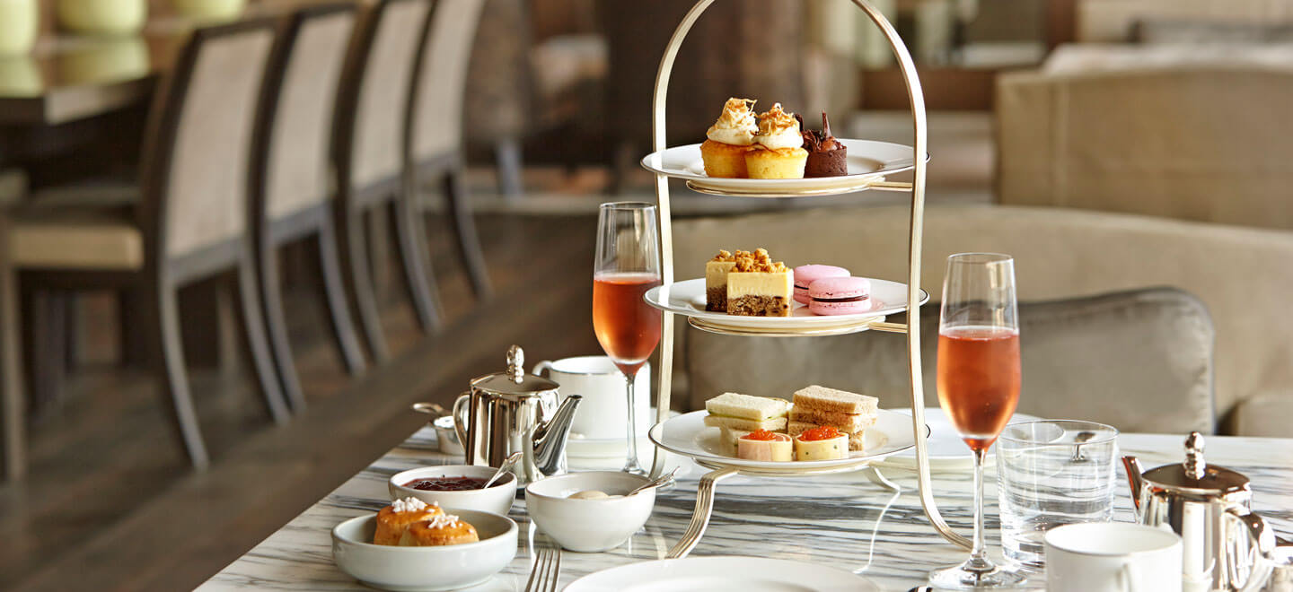 GWG-Park-Hyatt-Sydney-Best-Hotel-Sydney-Luxury-Gay-Honeymoon-Sydney-AFTERNOON-TEA