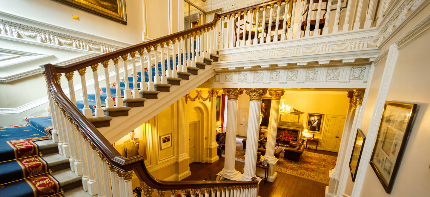Inner-Hall-Stairwell-2-In-Out-Club-St-James-Park-London-Luxury-Wedding-Venue-SW1