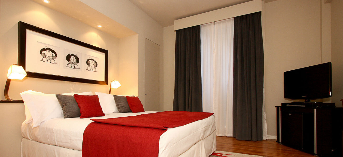 Legado-Mitico-Best-Boutique-Hotel-Buenos-Aires-Honeymoon-Gay-Argentina-26-El-heroe