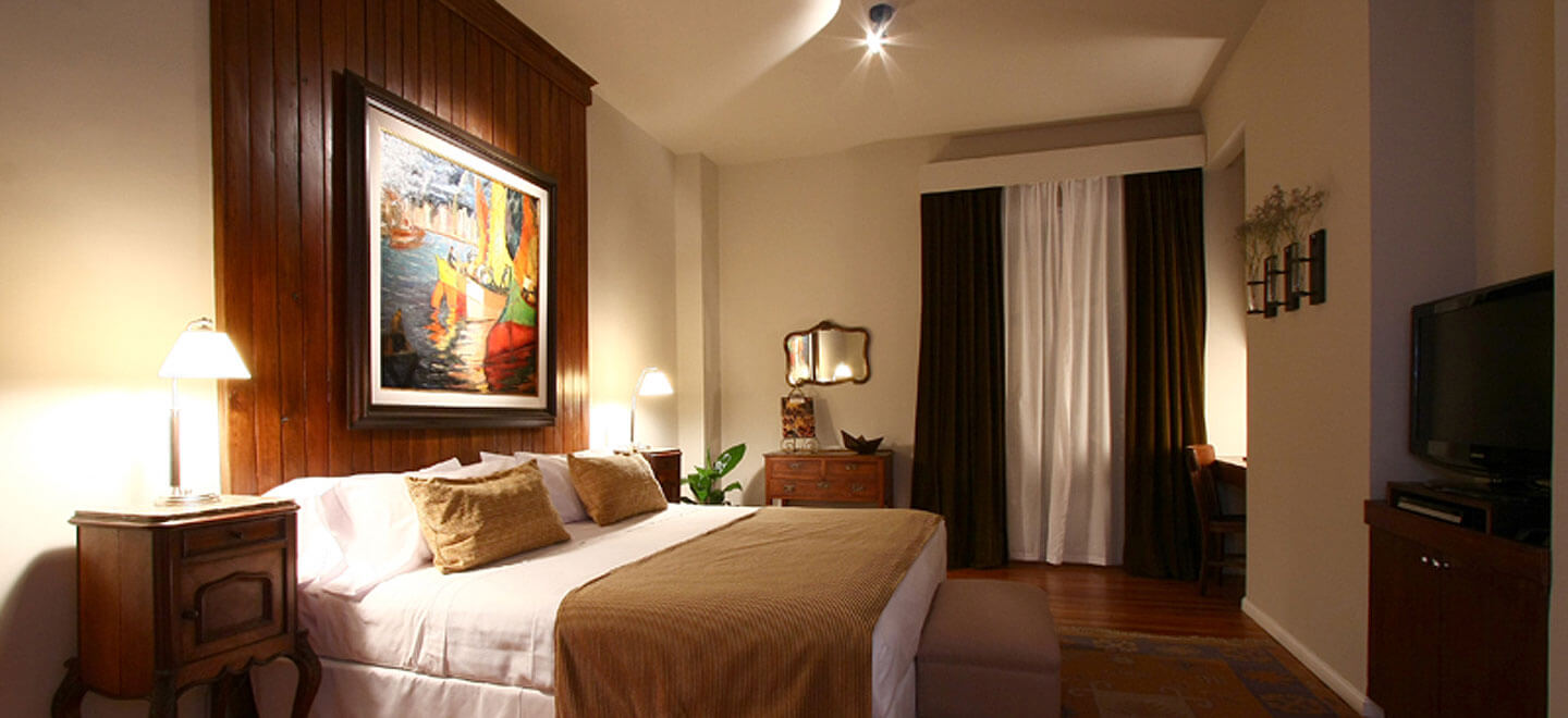 Legado-Mitico-Best-Boutique-Hotel-Buenos-Aires-Honeymoon-Gay-Argentina-el-pintor