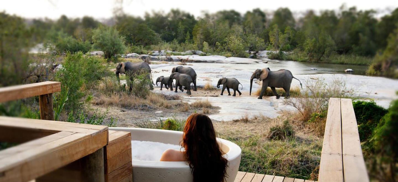 Londolozi-South-Africa-gay-travel-luxury-safari-gay-friendly-resort-South-Africa-gay-honeymoon-granite-bath