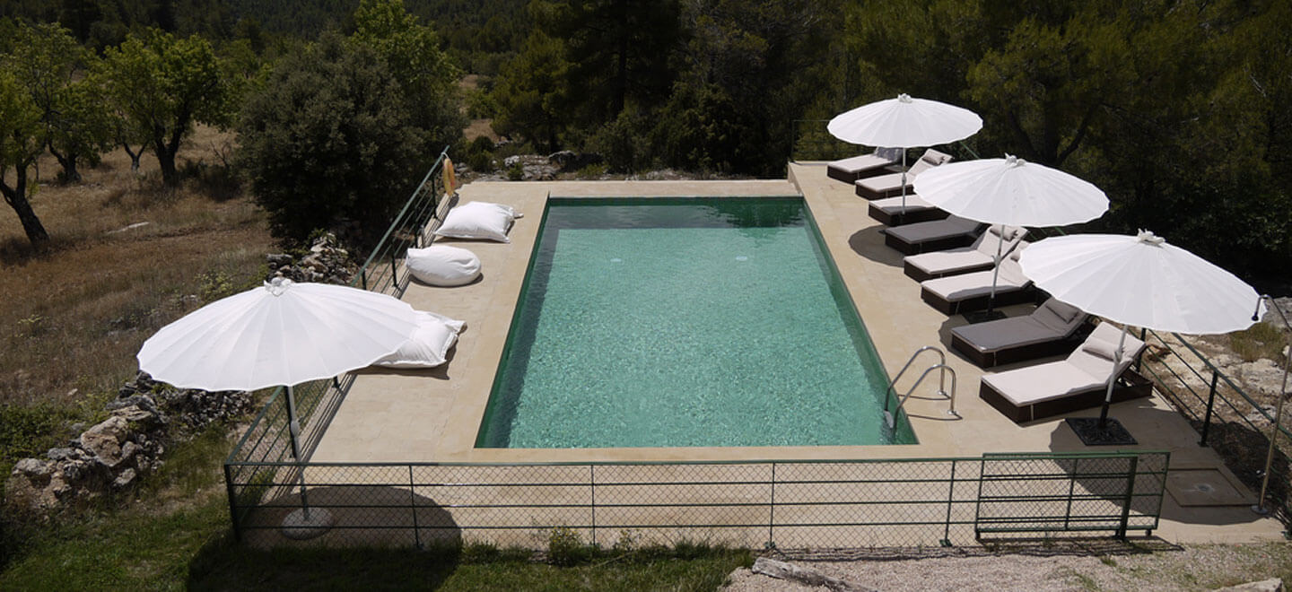 Mas-de-la-Serra-Honeymoon-luxury-Hotel-in-Spain-Gay-Vacation-Spain-Aargon-Mountains-view-of-pool3
