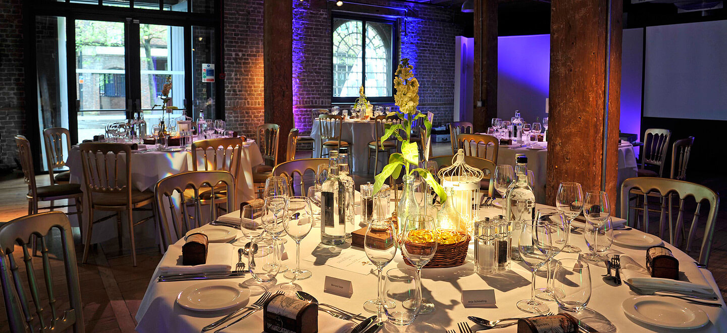 Museum-of-London-Docklands-City-Museum-Wedding-Venue-London-Rum-Store-Gay-Wedding-Guide