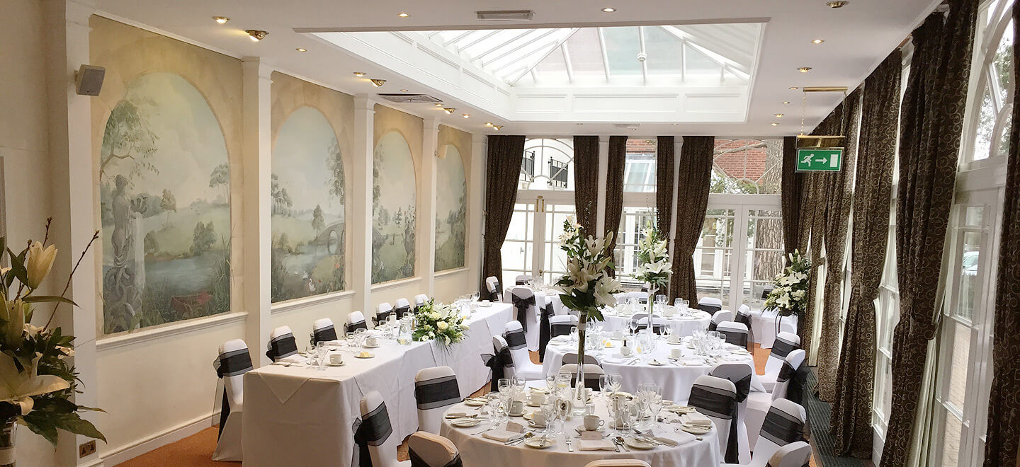 Orangery-wedding-breakfast-at-The-Quorn-Country-Hotel-Leicestershire-wedding-venue-quorn