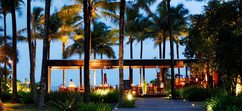 The-Sarojin-Edge-Restaurant-Night-Luxury-Hotel-Phuket-Gay-Thailand-Luxury-Honeymoon-Phuket