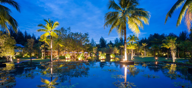The-Sarojin-Gardens-Night-Luxury-Hotel-Phuket-Gay-Thailand-Luxury-Honeymoon-Phuket
