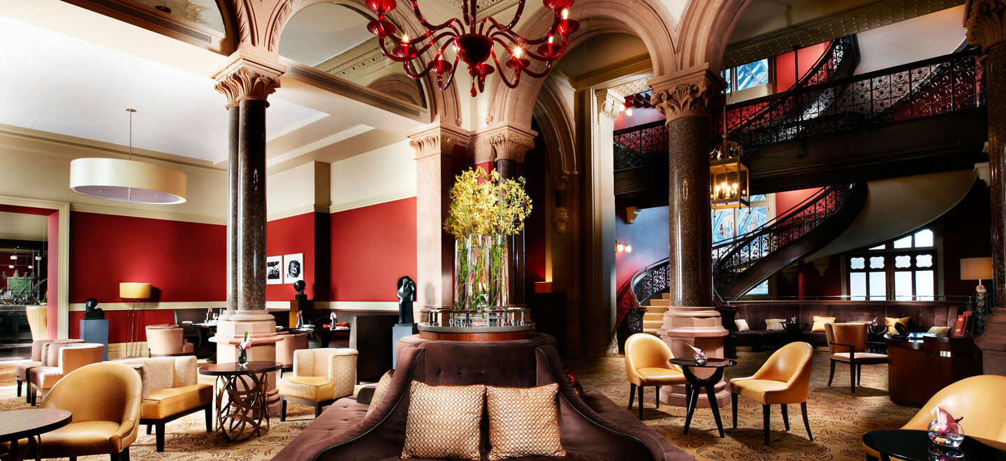 chambers-club-at-luxury-hotel-nw1-st-pancras-hotel-wedding-venue-london-via-the-gay-wedding-guide