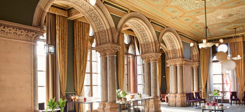reception-at-luxury-wedding-venue-st-pancras-hotel-nw1-wedding-venue-london-via-the-gay-wedding-guide