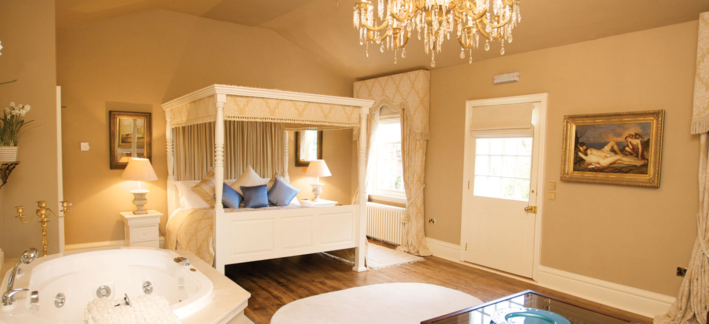 cream-bedroom-Fennes-Gay-Wedding-Venue-in-Essex-House