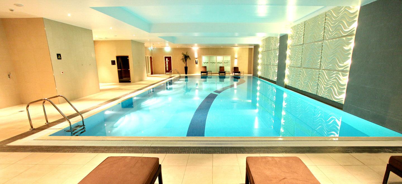 Swimming-pool-at-Reading-wedding-venue-Holiday-Inn-Reading-gay-friendly-wedding-venue