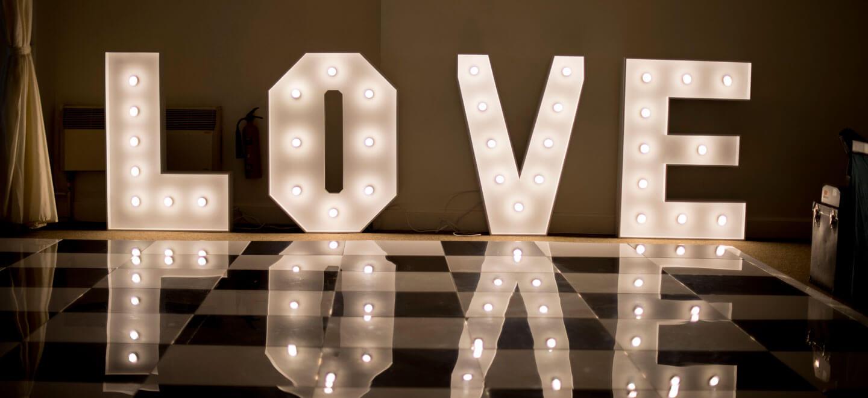 love-sign-at-Warwick-House-luxury-gay-weddiung-venue-in-Warwickshire