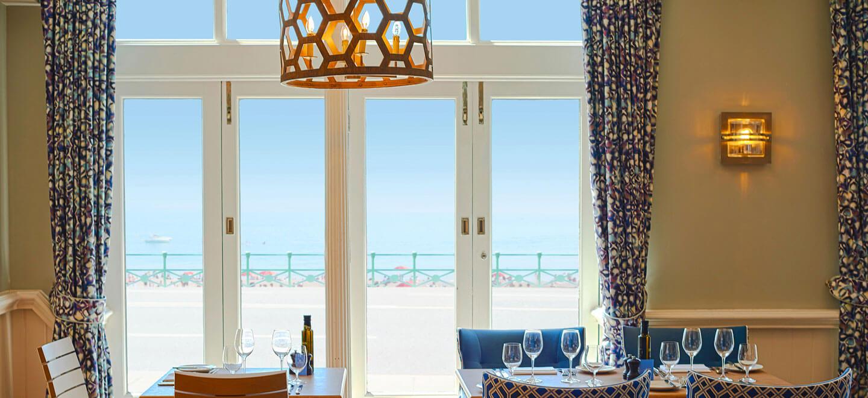restaurant-view-at-Brighton-Harbour-Hotel-beach-wedding-venue-in-Brighton