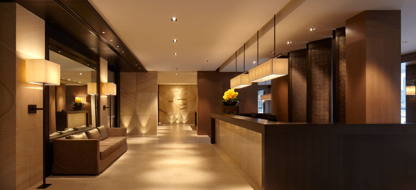 GWG-Sandstone-Carving-Concierge-Desk-Park-Hyatt-Sydney-Best-Hotel-Sydney-Luxury-Gay-Honeymoon-Sydney