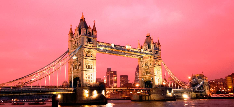 Sunset at Tower Bridge Weddding Venue London Gay Wedding Guide Unique venue 1