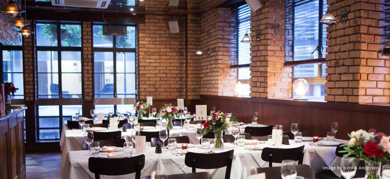 the White Swan Gastropub Wedding Venue EC4 London Wedding Venue City Gay Wedding Guide image by HENRIK ANDERSEN 134