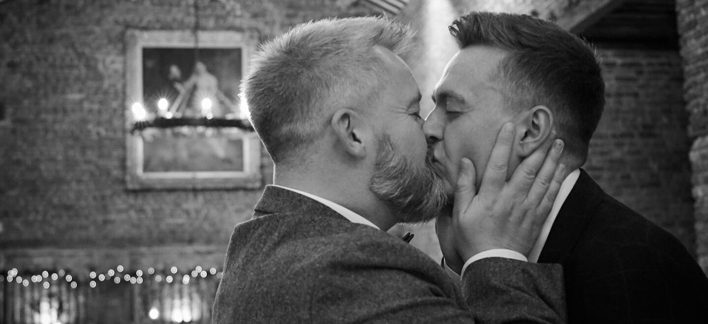 1440 Rory and Colin kiss at their gay wedding of Rory and Colin image by Hoult Photography via Gay Wedding Guide 1