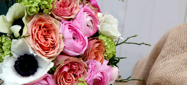 Peach and Pink wedding flower ideas Clare Kenward Flowers Wedding Florist Cambridge via the Gay Wedding Guide 6
